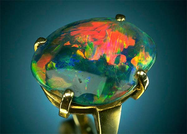 Birthstone Feature: Black Opals From Lightning Ridge Are the World's Finest