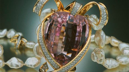 Next Stop on the Virtual Gem Gallery Tour Is the 'Picasso Kunzite Necklace'